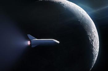 Starship orbiting the Moon